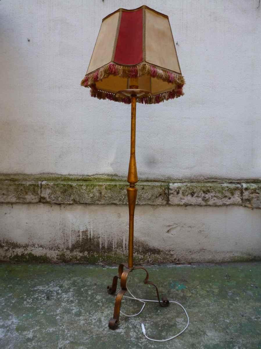 Lampara de pie en lat n mobiliario interiorismo - Lampara de pie vintage ...