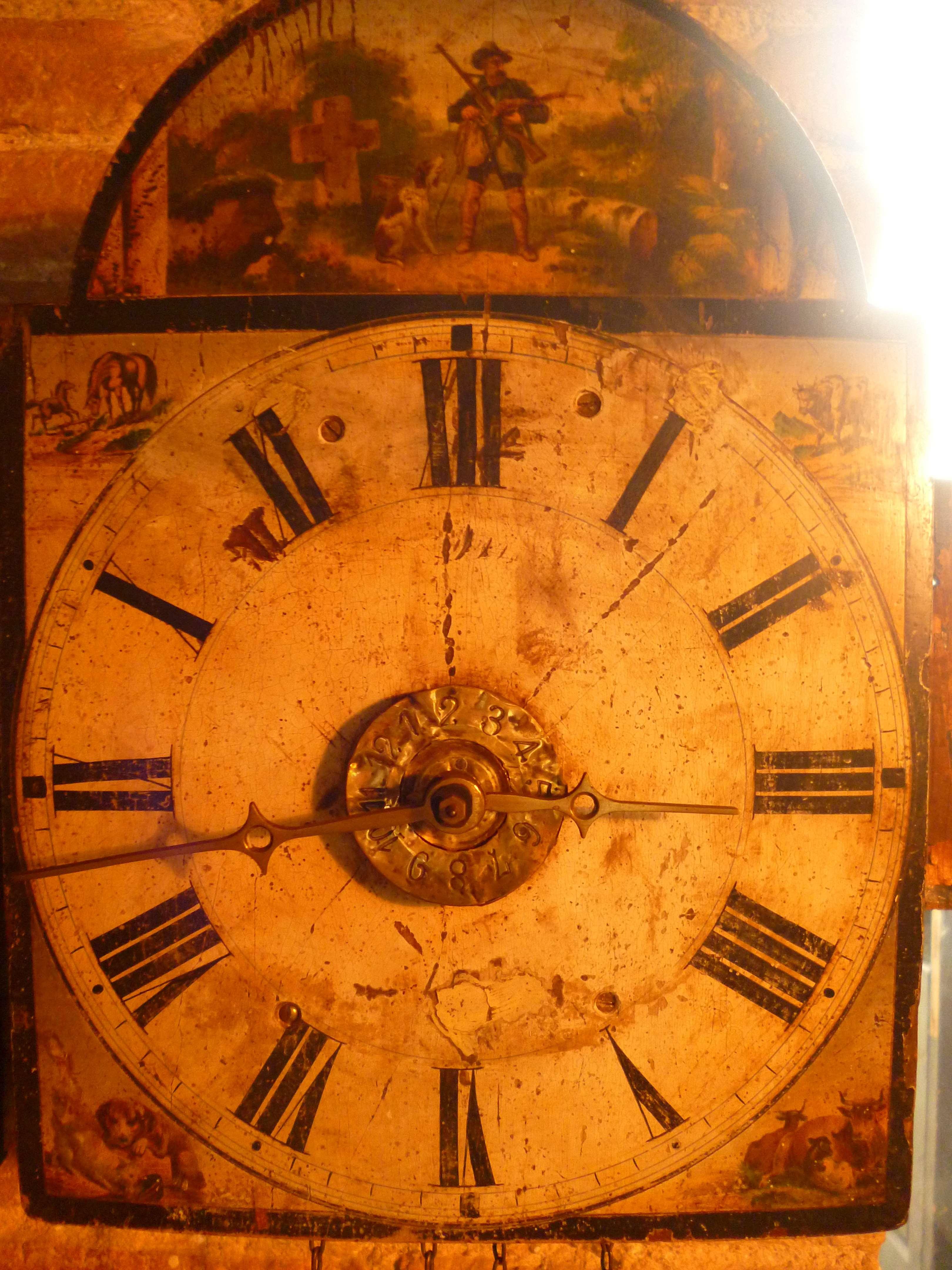 Reloj pared selva negra antiguedad madera mobiliario interiorismo - Relojes pared antiguos ...
